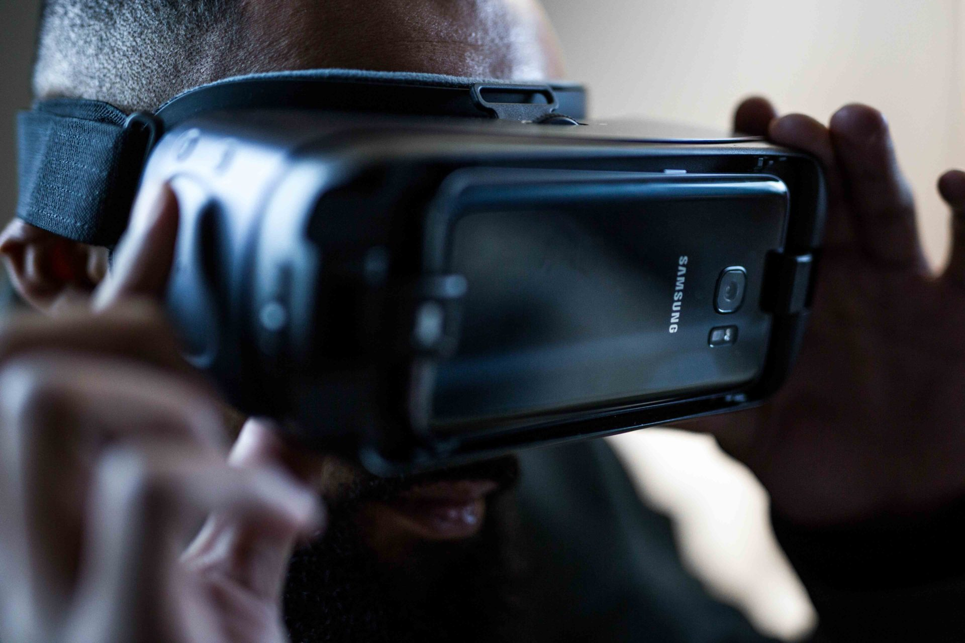 Samsung Virtual Reality Gear and Samsung S6Review