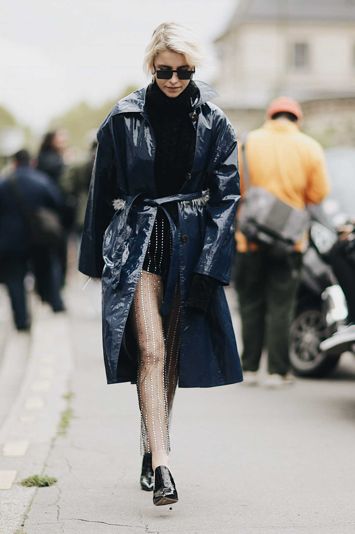 Street Style during Paris Fashion Week: Caro Dar