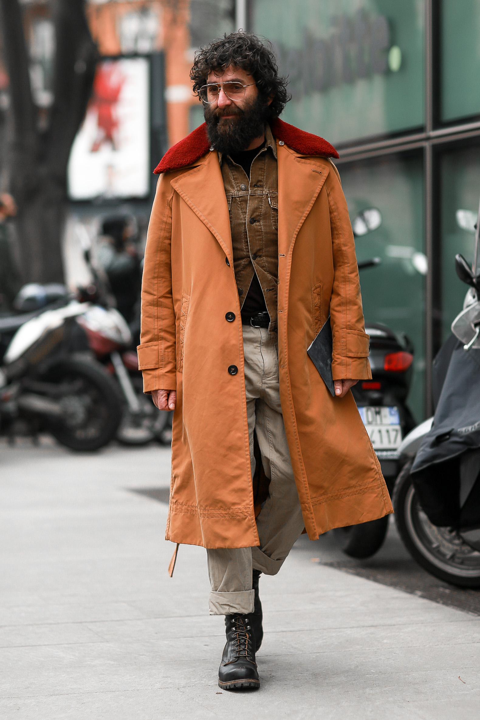 Street Style from Milan Fashion Week AW18: Yilmaz Aktepe