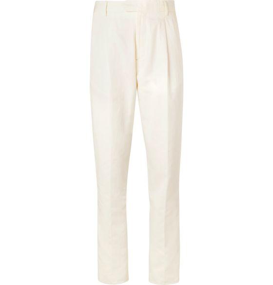 weiße Anzüge