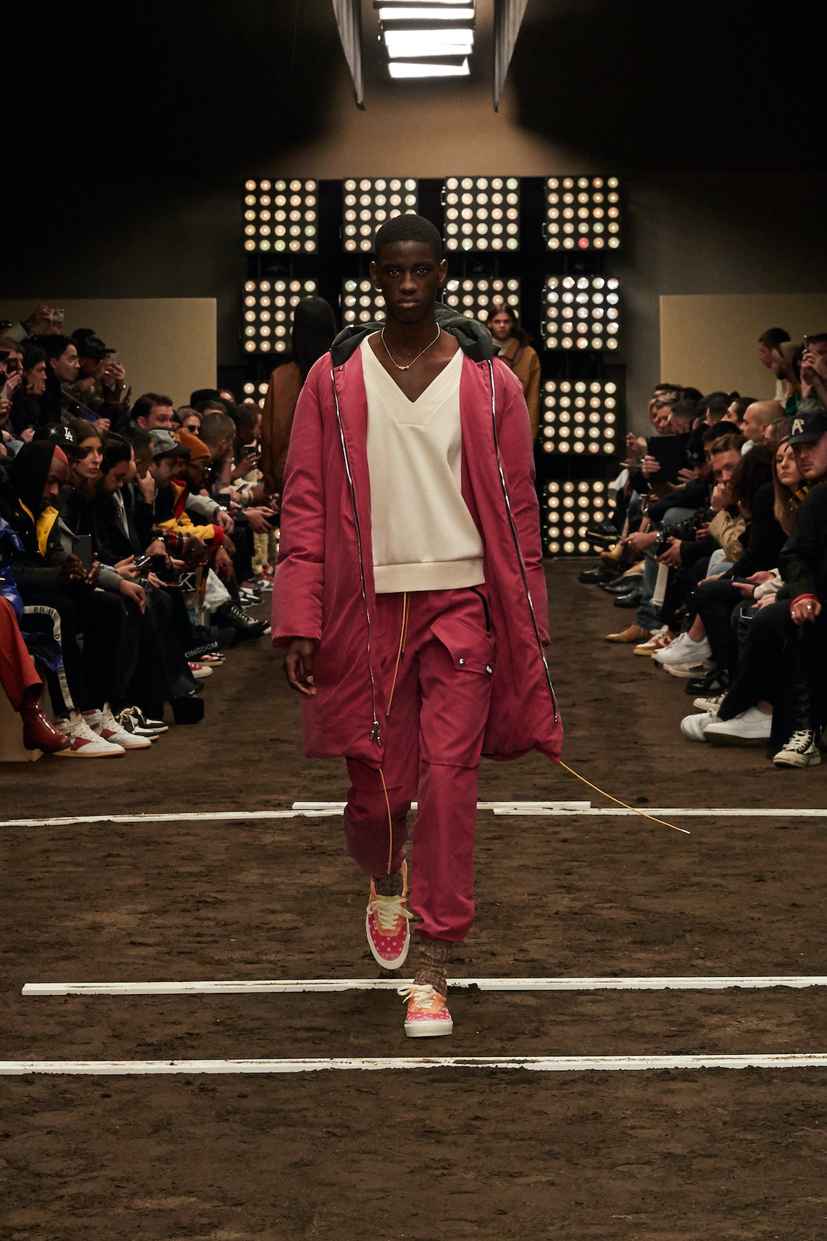 Die besten Sneaker Collaborations der AW20 Men's Fashion Week: Rhude X Vans