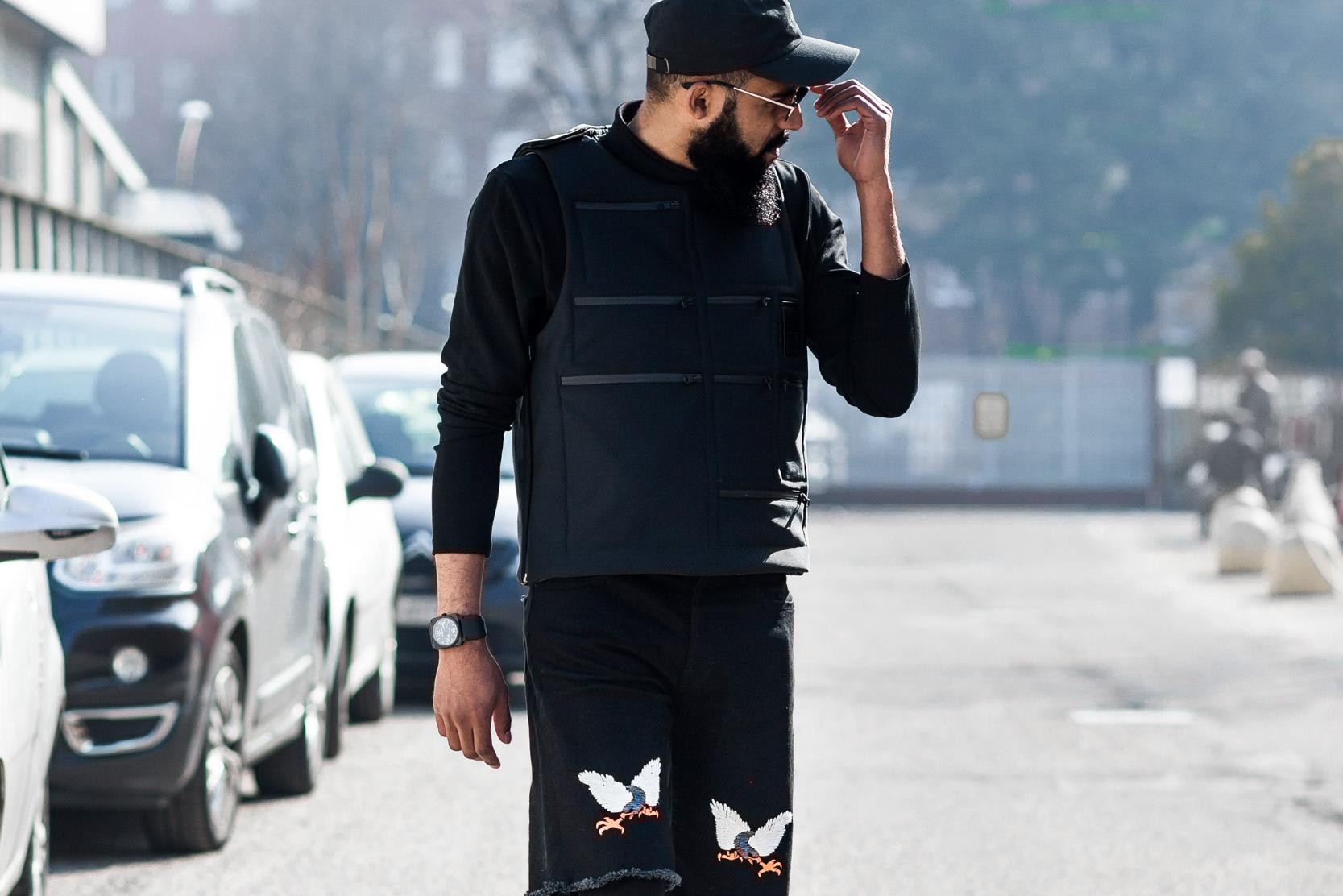 Blogger Jean-Claude Mpassy wearing Letasca Vest