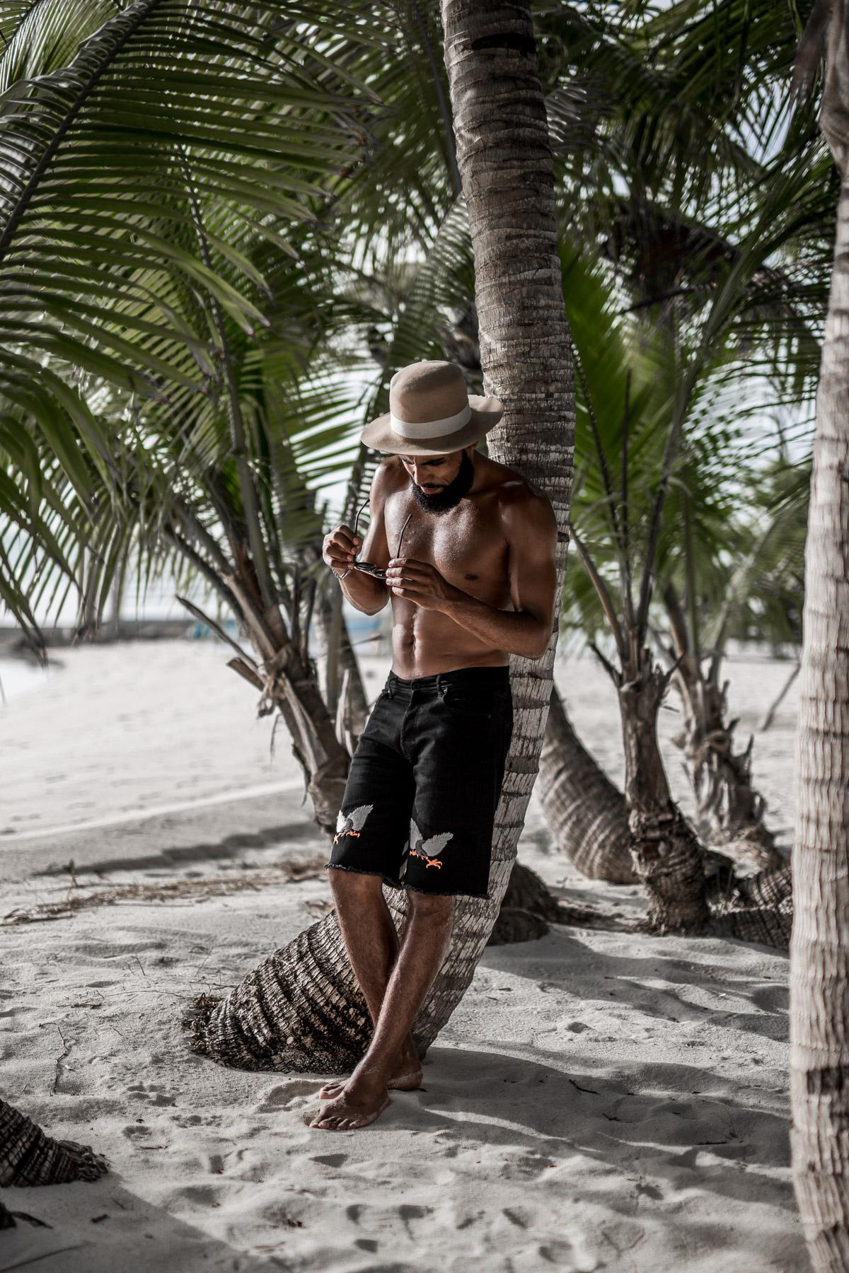 New Kiss on the Blog at the Tiamo Resort on the Bahamas