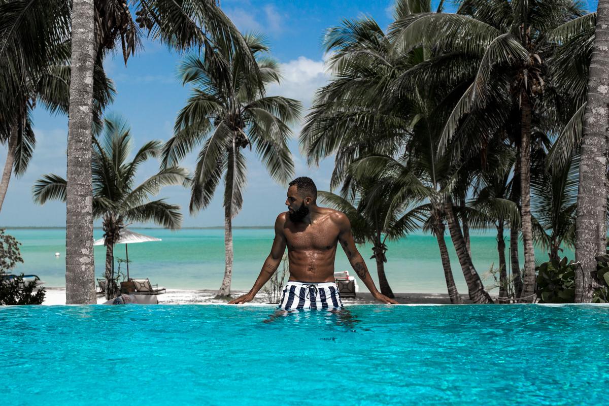 Pool Time with New Kiss on the Blog at the Tiamo Resort on the Bahamas