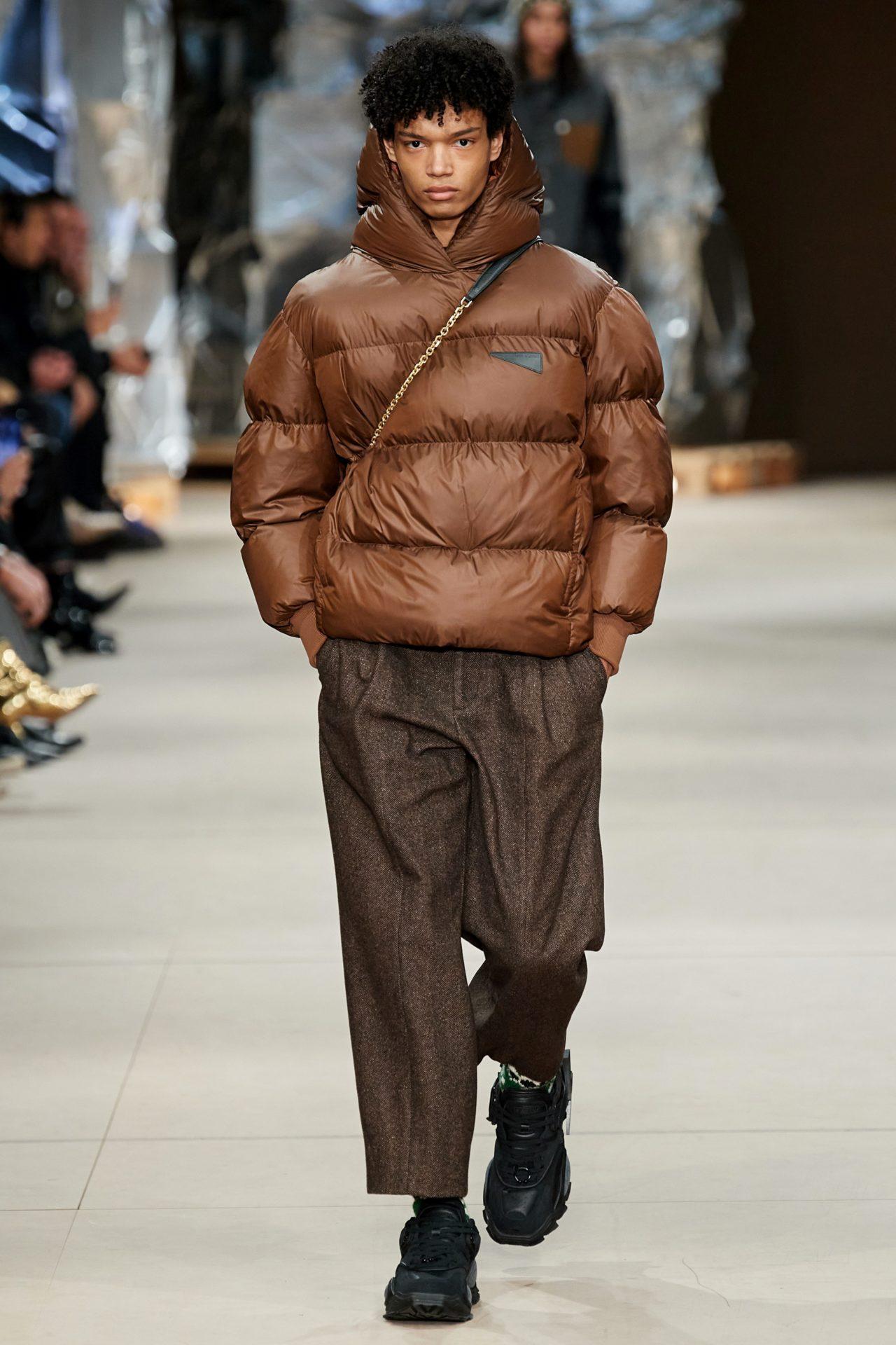 Die besten Sneaker Collaborations der AW20 Men's Fashion Week: Neil Barrett X Li-Ning