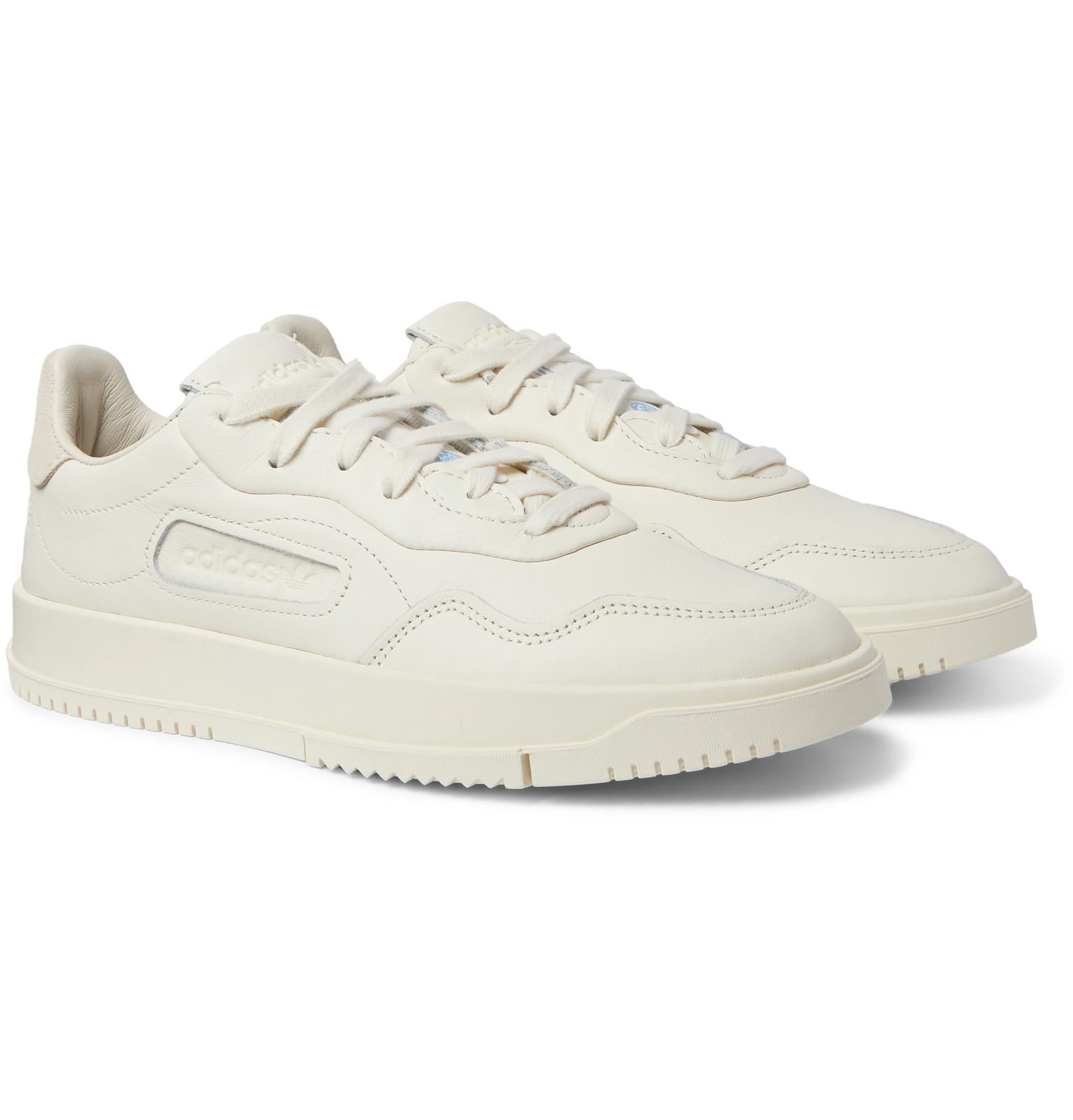 Die besten weißen Sneaker 2020: Adidas white sneakers II