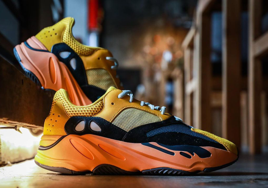 "Sneaker Releases 2021: adidas YEEZY 700 v1 ""Sun"""