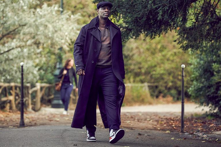 Netflix's Lupin: Omar Sy im Air Jordan 1 Mid SE Union Black Toe