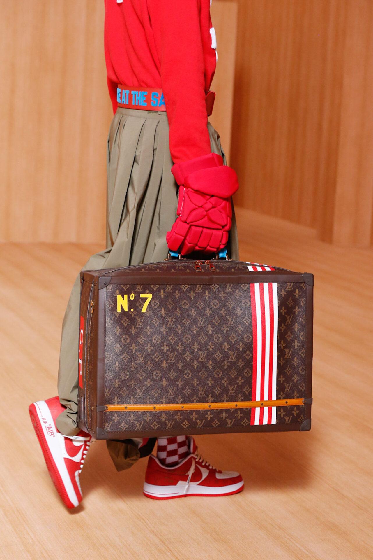 Spring/Summer 22 Louis Vuitton Taschen